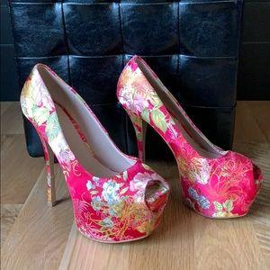 Like new! Size 8 high heels